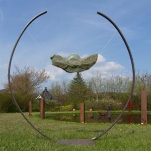 PAS A PAS. Exposition internationale de sculptures & fontaines en plein air