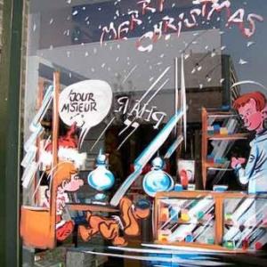 Boule et Bill en papa NOEL sur les vitrines de Jette -58