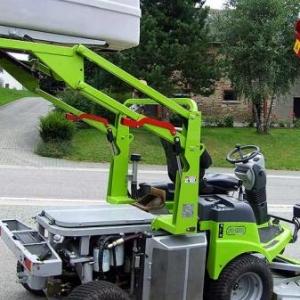 Gamme professionnelle en tracteurs tondeuses.