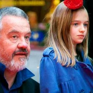 Arnaud des Pallieres, grand gagnant avec Orpheline, et sa jeune actrice, Vega Cuzytek