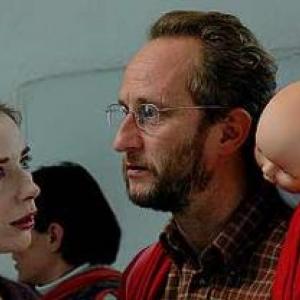 02: Benoit Poelvoorde retrouve Julie Depardieu dans le Cow-Boy de Benoit Mariage