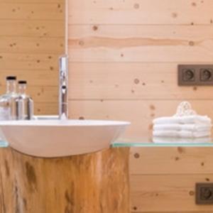 Toutes les chambres sont claires et agreables et offrent le confort d'un hotel 3 etoiles (photo: sleepwood.eu)
