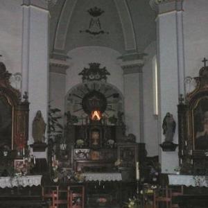 """Le choeur et la statue miraculeuse de """"Notre-Dame des Vertus"""""""