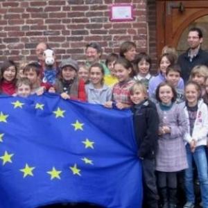 Photo souvenir avec le drapeau europeen