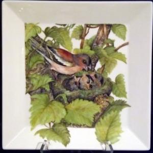 Odette SERVAIS // +32 (0)80 / 338672 Peinture sur porcelaine