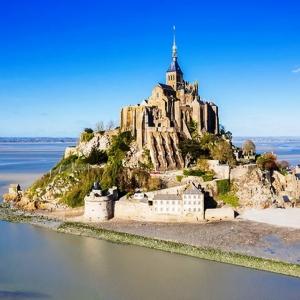 11 ) Le Mont-Saint-Michel et sa baie, un goût d'éternité