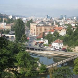 Sarajevo et la riviere La Miljacka
