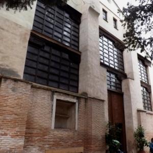 Facade de la synagogue / mosquée