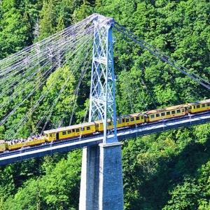 21  Le train jaune