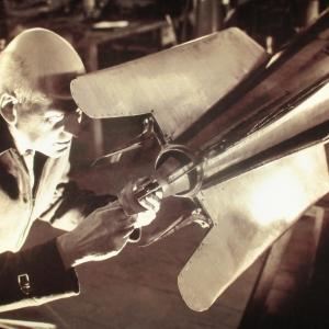 Anthony Steward   Robert Goddard, pionnier de l 'astronautique, dans son atelier de Roswel l   Nouveau-Mexique   États-Unis   1940