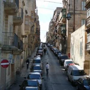 Rue pentue de La Valette