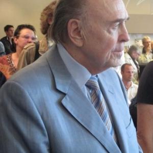 M. Jo Bliesgen qui avait heberge Raoni lors de da premiere visite a Malmedy il y a 30 ans