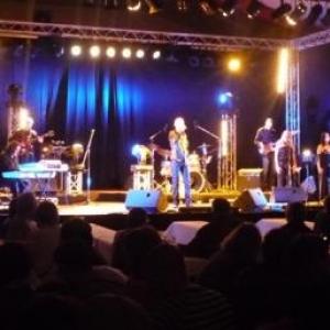 38. Patrice Bougenies alias Elvis et son orchestre