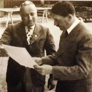 Hitler et l'architecte de Vogelsang