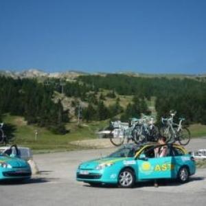 Les voitures suiveuses d'Astana