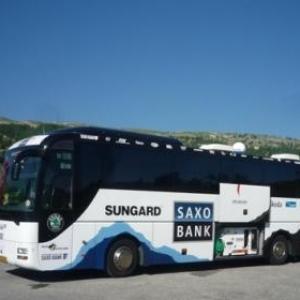 "La car ""grand - luxe ""de Saxo - Bank"