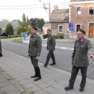 Les gardes teutons vociferant