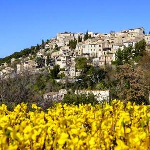 7 Lurs, un village culturel