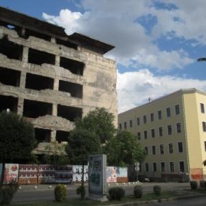 Mostar : l'ancien et le nouveau ....