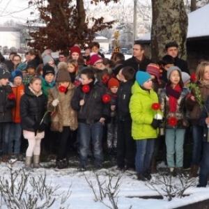 Le groupe des 84 enfants des ecoles de la Ville