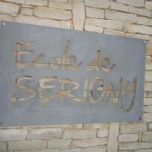 Arrivee a l'ecole de Serigny