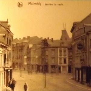 Rue Derriere la Vaulx depuis la rue du Commerce