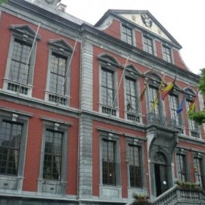 "Liege : la ""Violette"", hotel de ville ( facade )"