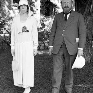 La Reine Elisabeth et Jean Capart, egyptologue belge