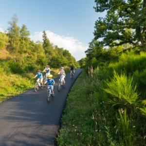 Cantons de l' Est                           23 établissements de la région ont reçu le label «bed+bike»