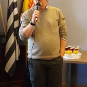 M. Ernst ANDRES, le Receveur communal, parfait bilingue, a ete requisitionne.