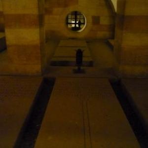 La crypte des empereurs sous la Cathedrale