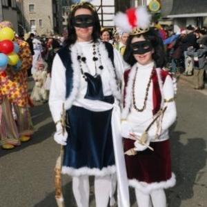 """Costume traditionnel """" Lu Savadje """" )"""