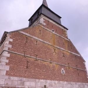 Le pignon impressionnant de l'eglise St Jacques