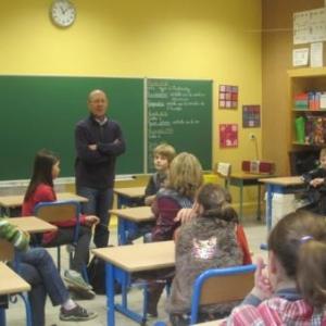 """Tintin"" devant la classe"