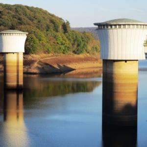 Les tours de prise d'eau