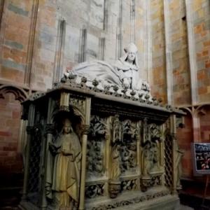Dans la basilique de St Hubert