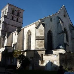 Eglise St Andre avec un riche mobilier