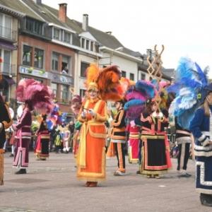 La danse de la Haguete ( dimanche 13 h )