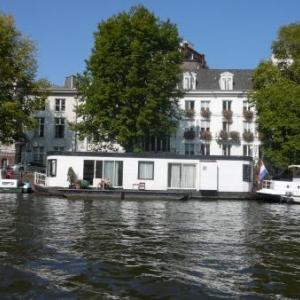 Amsterdam : des habitations residentielles sur les canaux