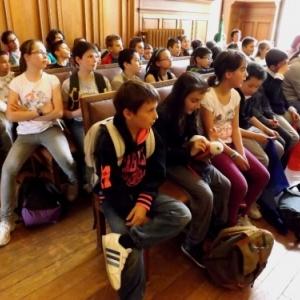 Des eleves attentifs