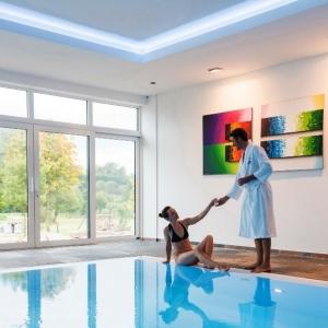 La possibilité d'ouvrir leurs piscines a été un critère décisif pour certains hôteliers. (Photo : ostbelgien.eu/D.Ketz)