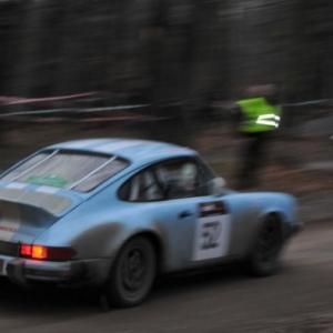 Porsche 911 des Francais Lagier-Perrault