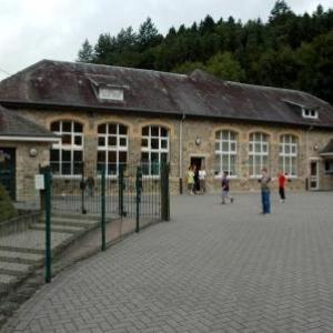 L'ecole communale de Salmchateau
