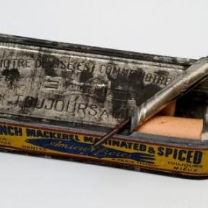 Conserve de sardines contenant des tracts allemands