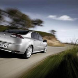 AUTO Essai: Renault Laguna GT.