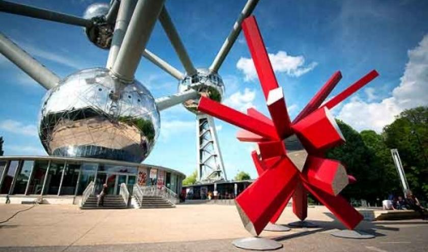Atomium-sculpture du designer Arik Levy
