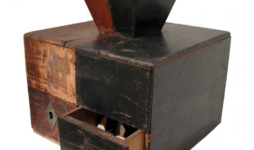 Une urne de ballotage