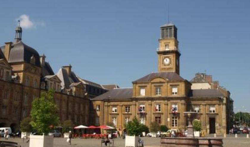 Charleville Meziere Place Ducale