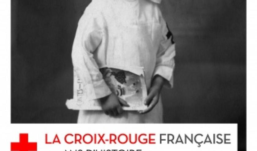 La Croix Rouge francaise 150 ans d histoire de Frederic Pineau  Editions Autrement.