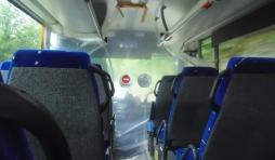Bus TEC. Confinement. Séparation par une bâche de plastique entre le chauffeur et les clients